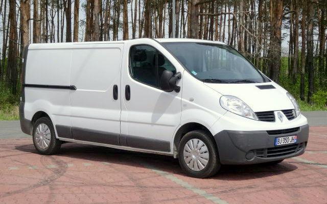 minibus-fourgon-utilitaireRENAULT-TRAFIC-L2-H1---2_big--15051312060704266300