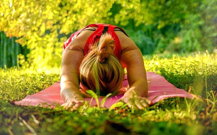 yoga-2662237_1920
